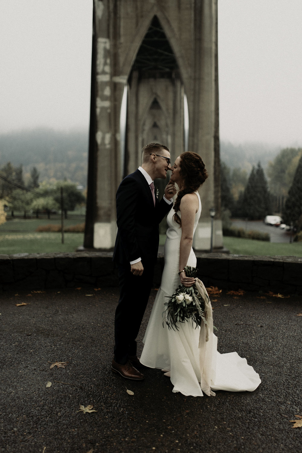 hayley_andrew_coopers_hall_wedding_portland_09.jpeg