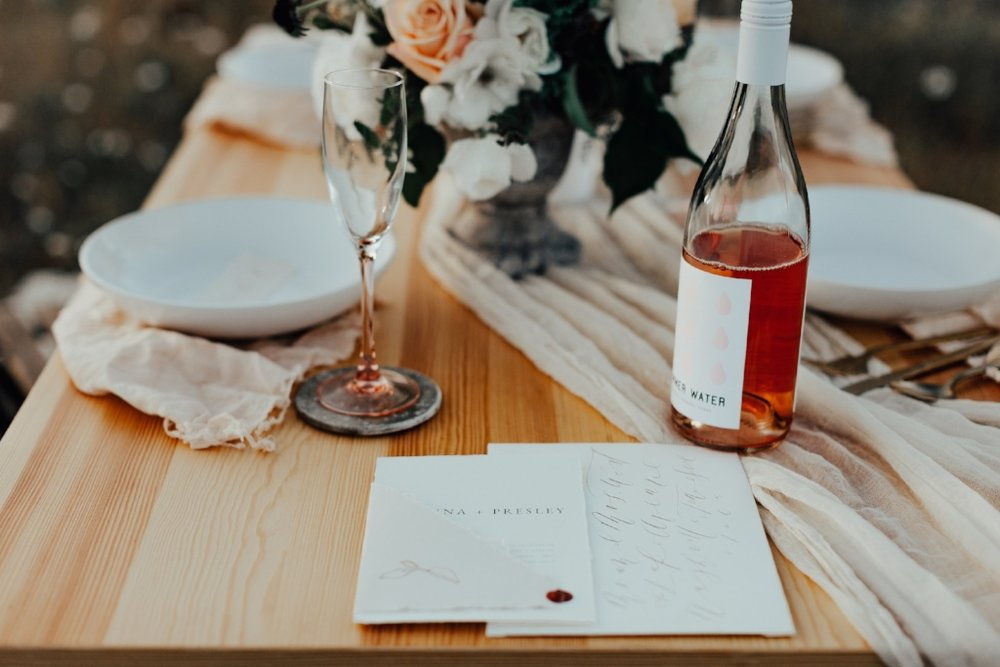 styled_tablescape_kati_hoy_02.jpg