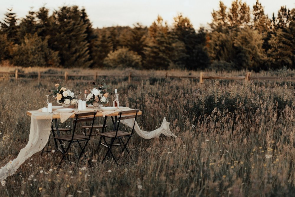 styled_tablescape_kati_hoy_12.jpg