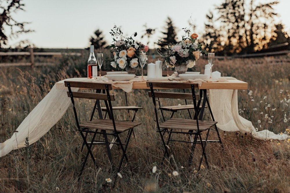 styled_tablescape_kati_hoy_13.jpg