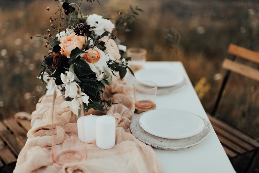 styled_tablescape_kati_hoy_19.jpg
