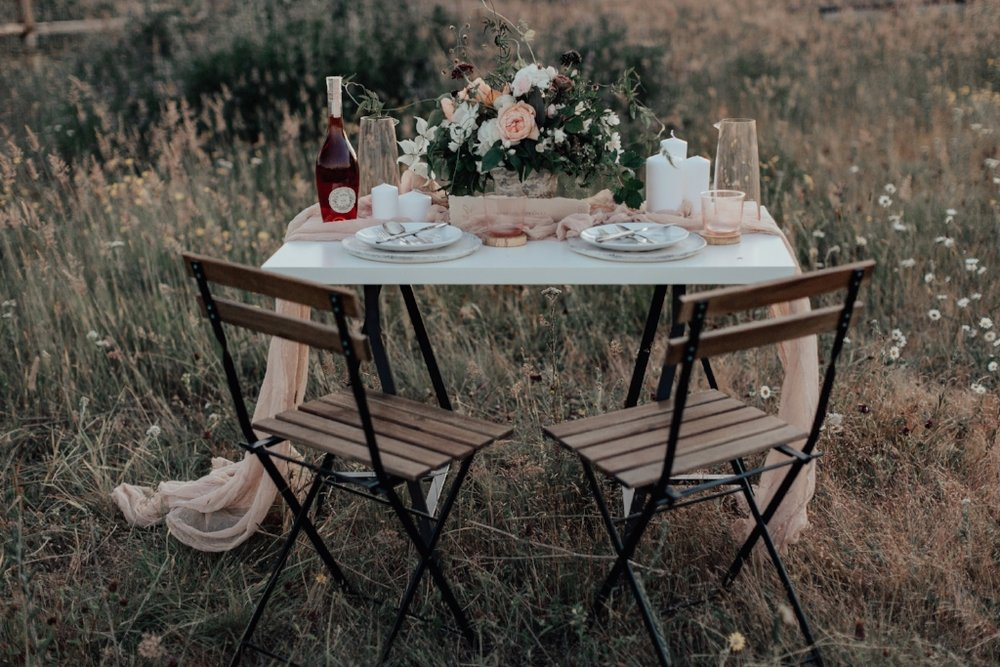 styled_tablescape_kati_hoy_22.jpg