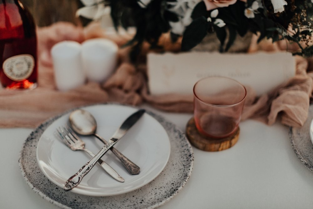 styled_tablescape_kati_hoy_26.jpg