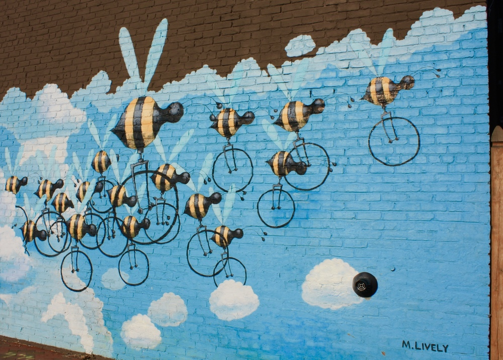 RICHMOND MURAL PROJECT : BEECYCLE MURALS - MATT LIVELY©