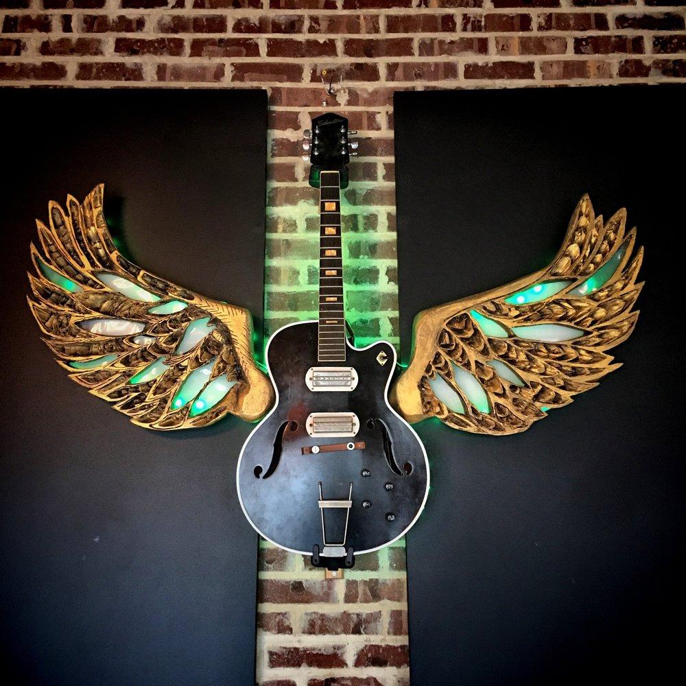 Hawg & Ale Guitar