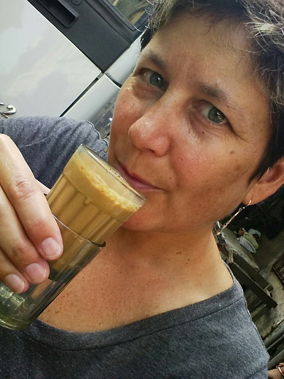 This is that lava-hot chai Sammie and I discussed. Notice the second glass somewhat protecting my digits from the heat?