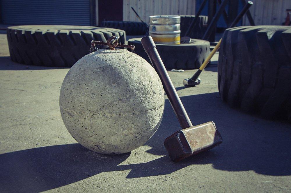 hammer-3293961_1280.jpg