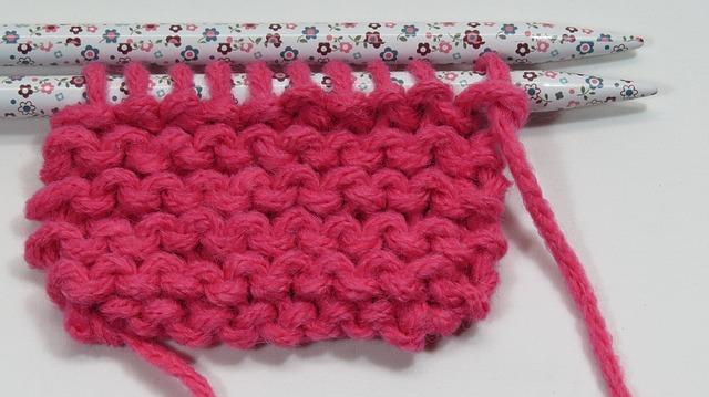 knitting-678224_640.jpg
