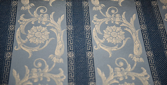 "VENICE 8/BLUE                57%COTTON/43%POLY  UPHOLSTERY,DECORATION,   108"" WIDE             WASHABLE  TABLECLOTH                        MADE IN ITALY"