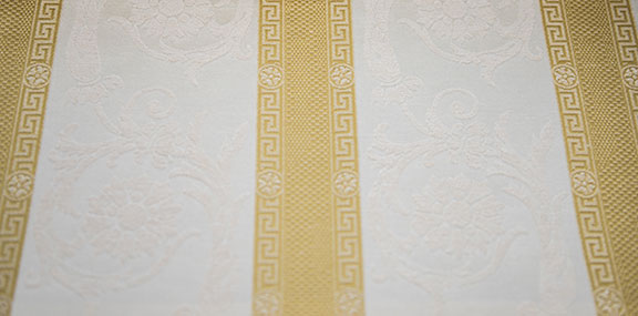 "VENICE  11/GOLD             57%COTTON/43%POLY  UPHOLSTERY,DECORATION,   108"" WIDE             WASHABLE  TABLECLOTH                        MADE IN ITALY"