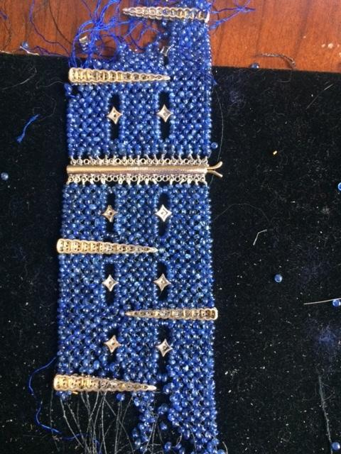 blue bracelet2.JPG