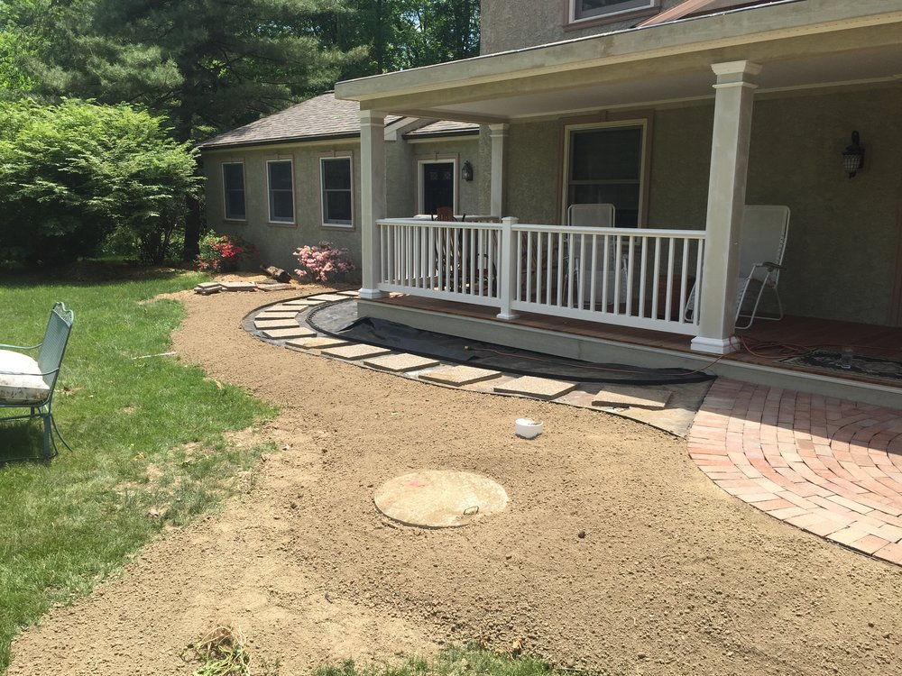 terri feralio - front porch landscaping.JPG