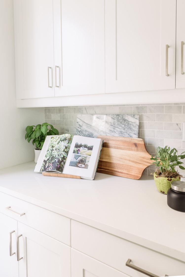 Design: Pure Salt Interiors, Photography: Vanessa Lentine Countertops: Quartz