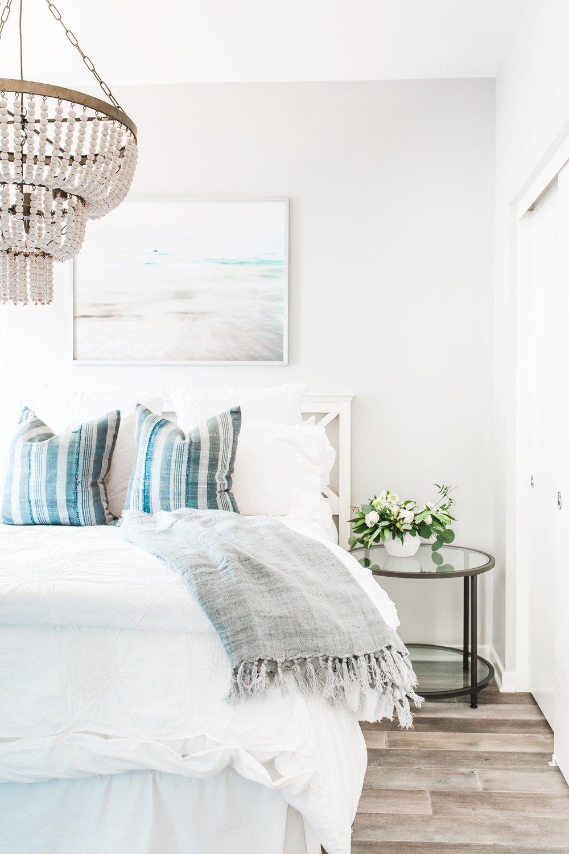 costamesa-guestroom-1 (Beach).jpg