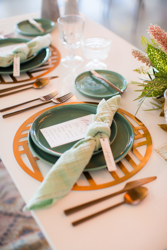 Nexus Chroma Placemat  \\ Styled by Green Apple Event Company, Photo by Zoom Theory Photography