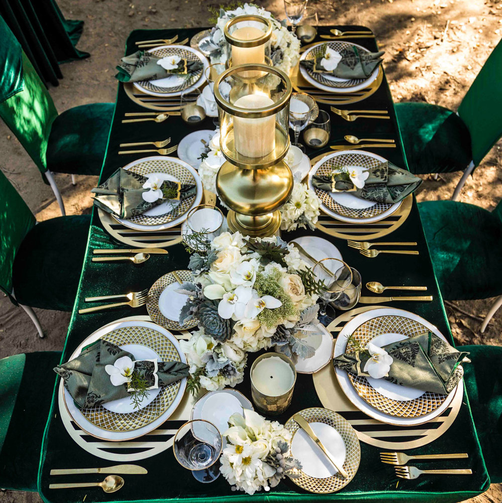 Bond Chroma Placemat  \\ Styled by WP Miller Events, Photo by Bazil Photography