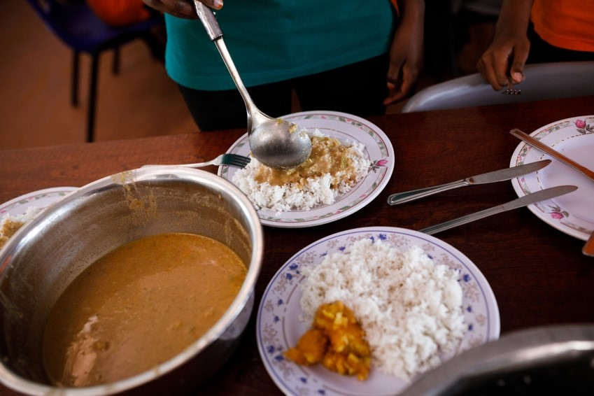 Dinner -7:00 - 8:00 p.m. - Dinner, like lunch, is a traditional Rwandan meal. Afterwards, clubs and student groups often hold meetings in the library or on the balcony.