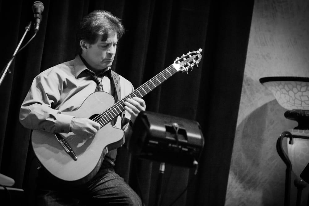 john-ponzo-reno-guitar-player-musician-lessons.jpg