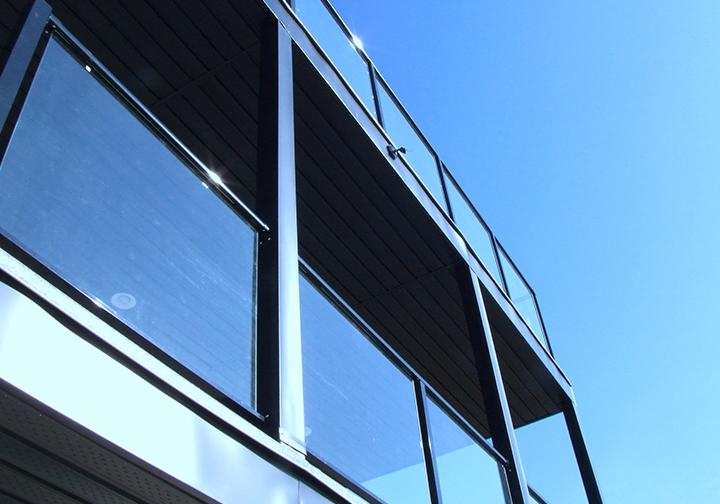 Standard Glass Rail -