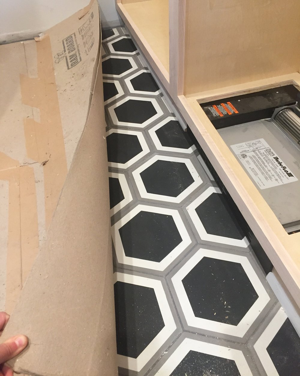 interior design buffalo tile mudroom