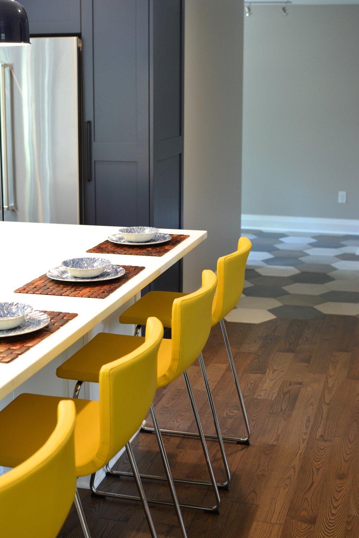 kitchen-island-stools-yellow