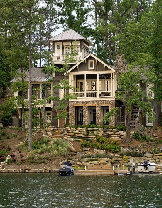 modern-lake-house
