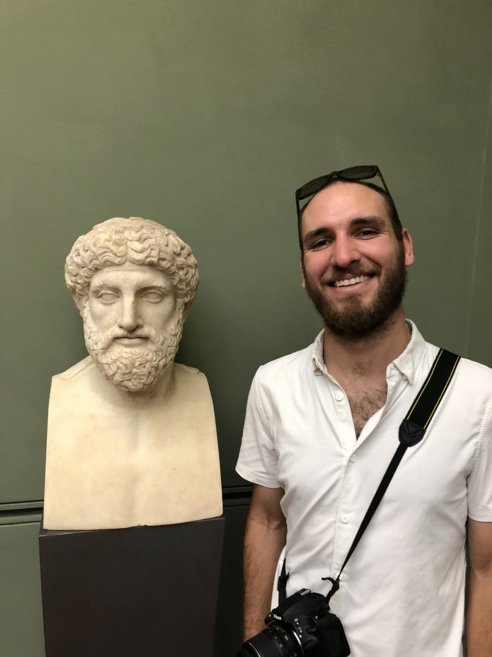 Jon and a favorite Philosopher of his. Or maybe I took this picture because of the similiarities...