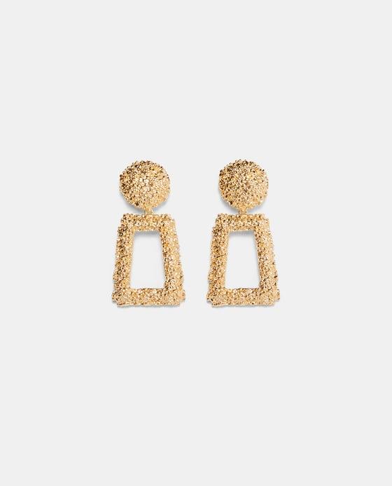- GOLDEN RAISED DESIGN EARRINGSDETAILS25.90 CAD
