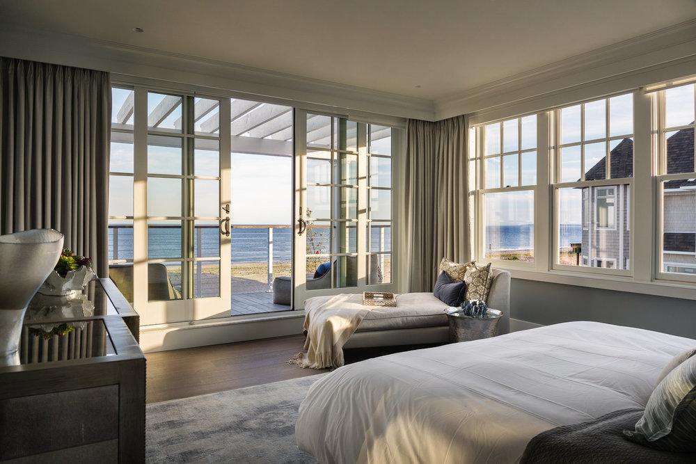 ROCKAWAY HOUSE - Rockaway Beach, NY