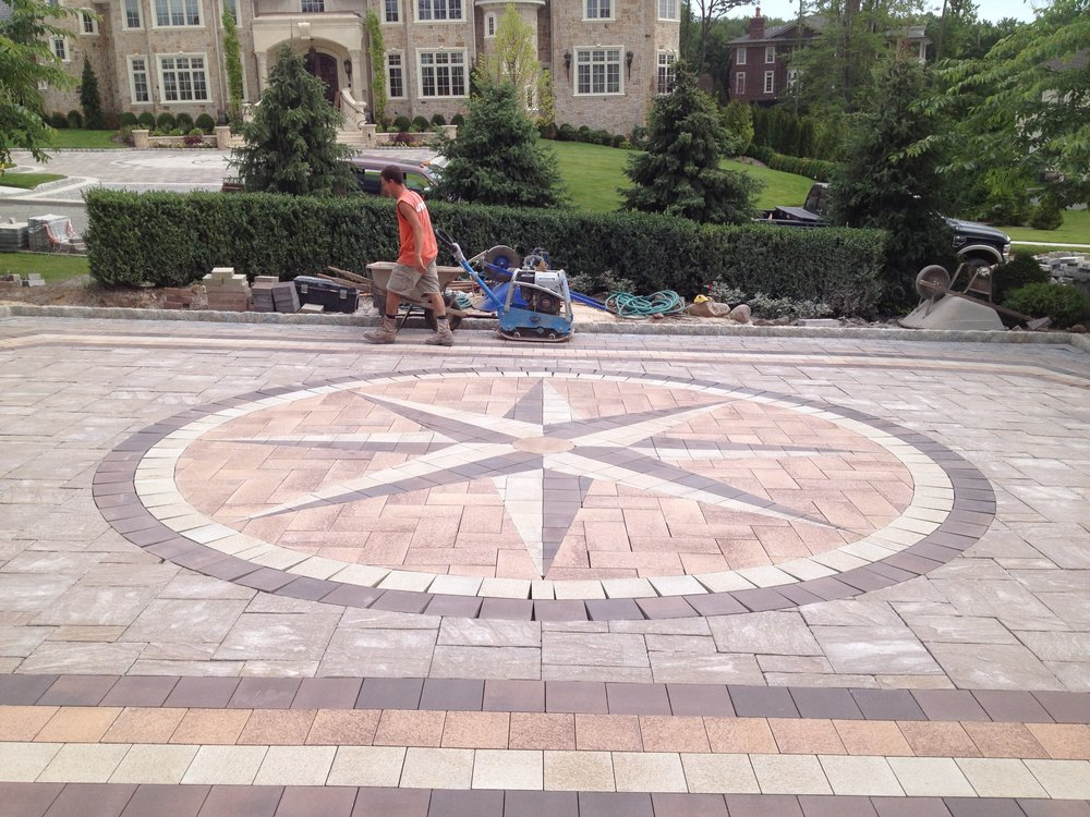 Paver Driveways & Walkways