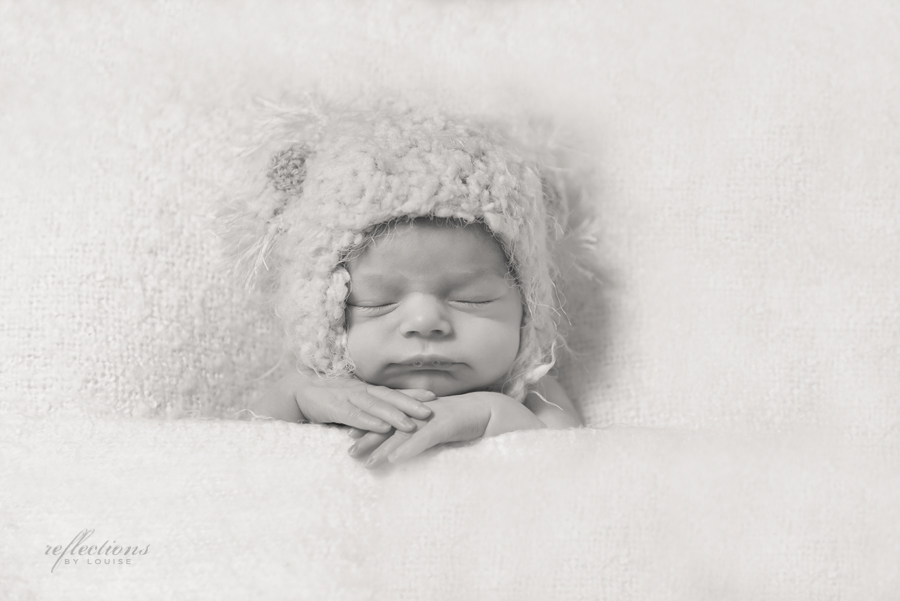 carlingford newborn photographer, oatlands baby photographer, sydney newborn photographer, western sydney baby photography, nighty night pose