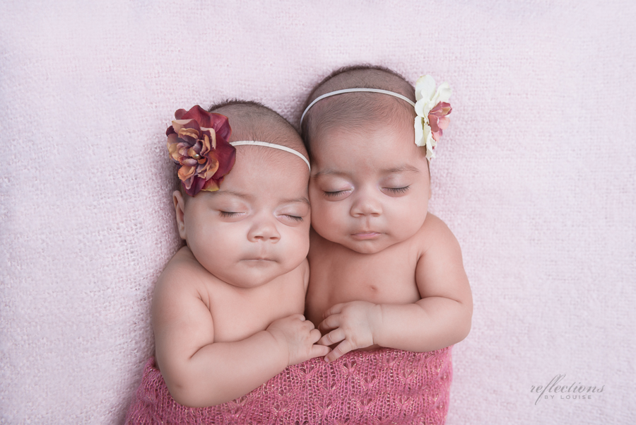 Identical twin girls-2