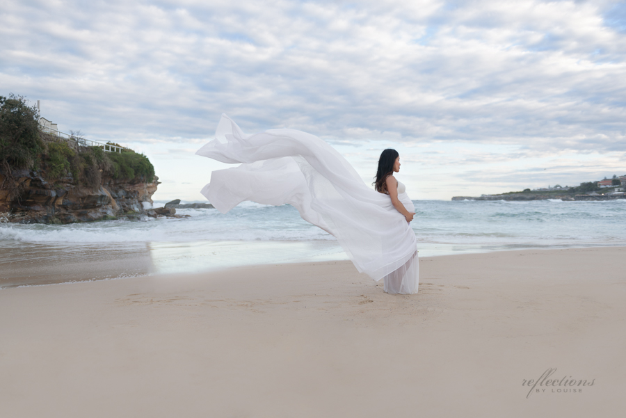 Beach maternity photography