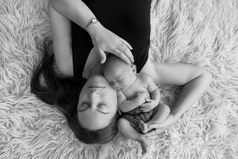 burwood baby photographer, mother and baby