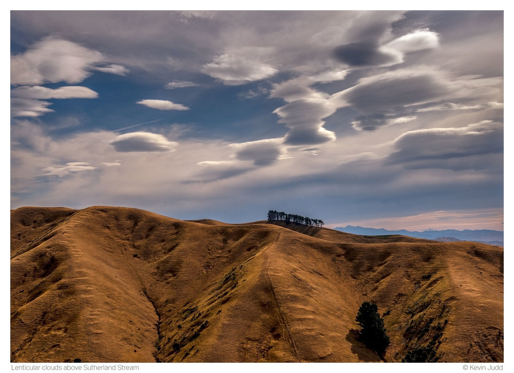Lenticular clouds above Sutherland Stream.jpg