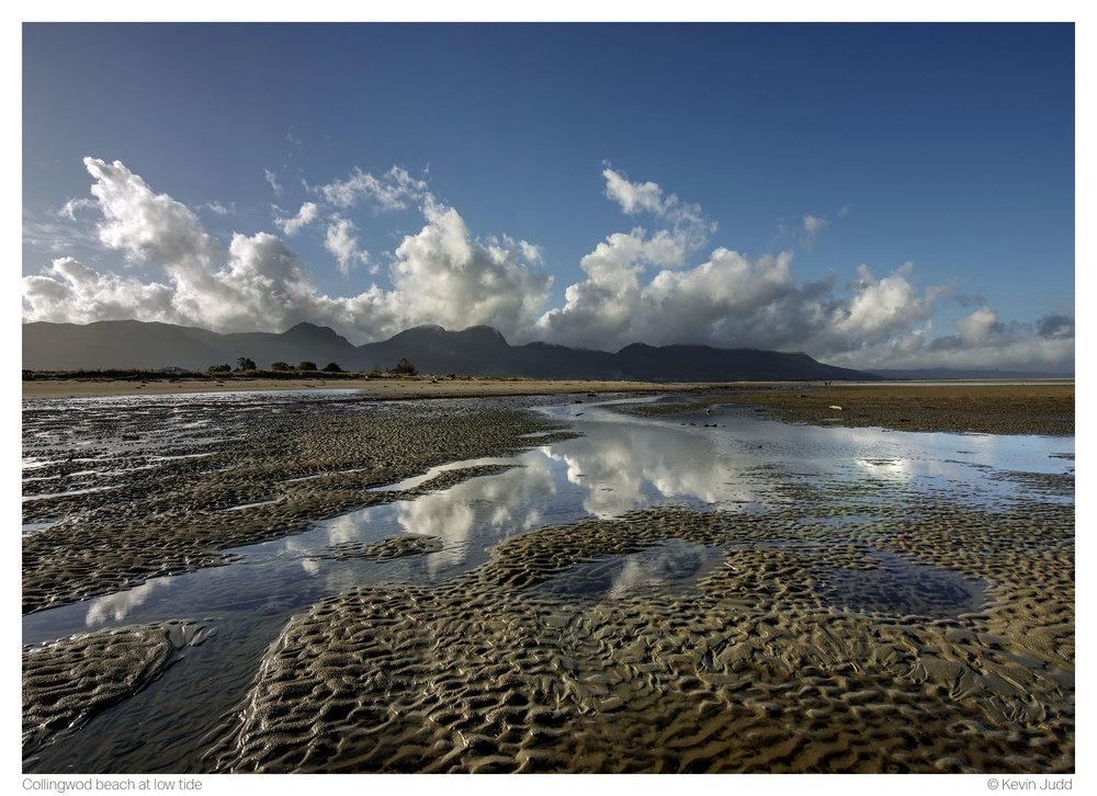 Collingwood Beach at low tide.jpg