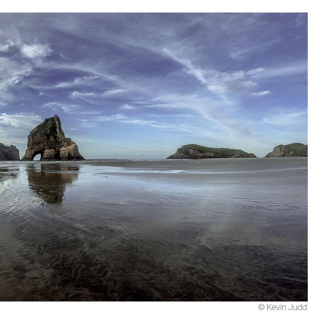Wharariki Beach R.jpg