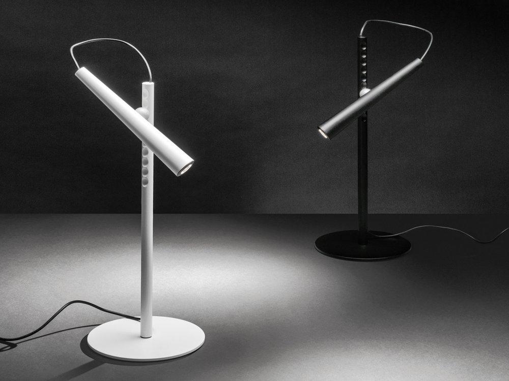 Foscarini-Magneto-Desk-Light.jpg