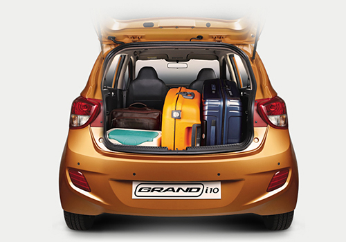 hyundai-grand-i10-trunk-open-049.jpg