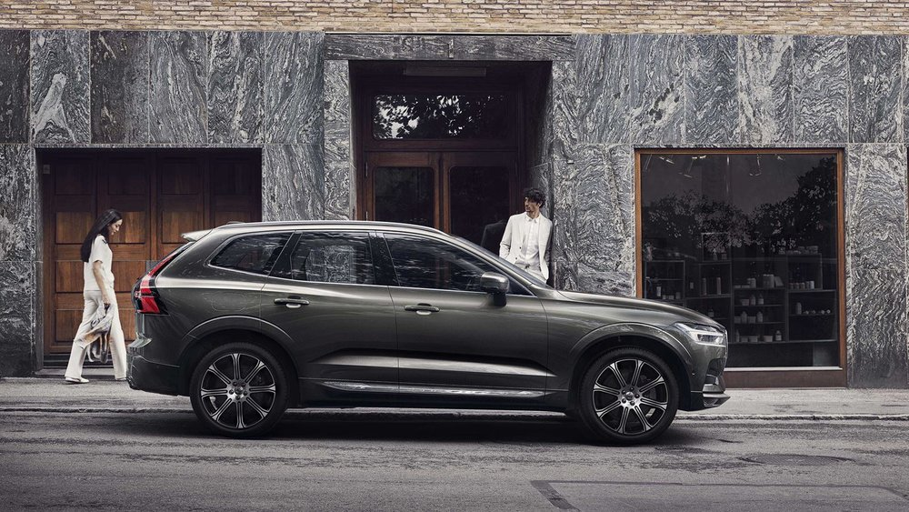 volvo-new-xc60-gray-v1.jpg