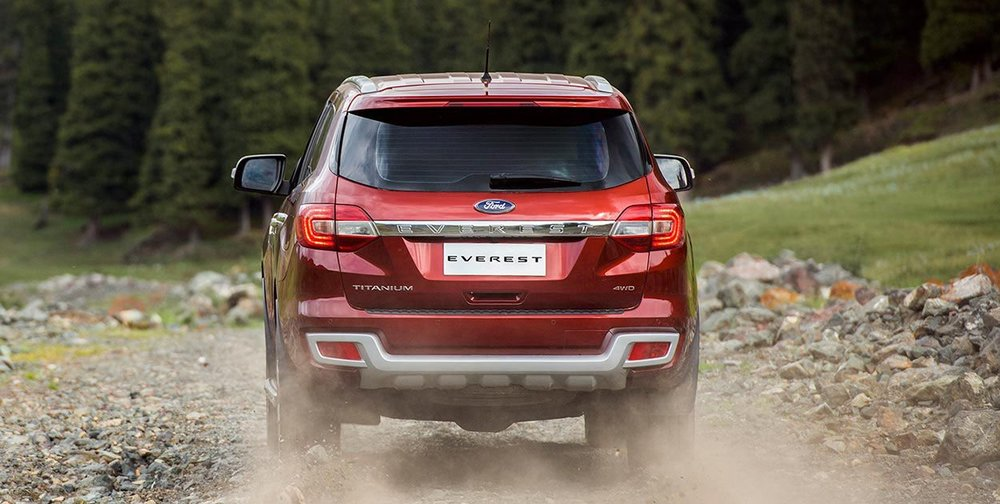 suvs-everest-gallery-category-exterior-2-2.jpeg