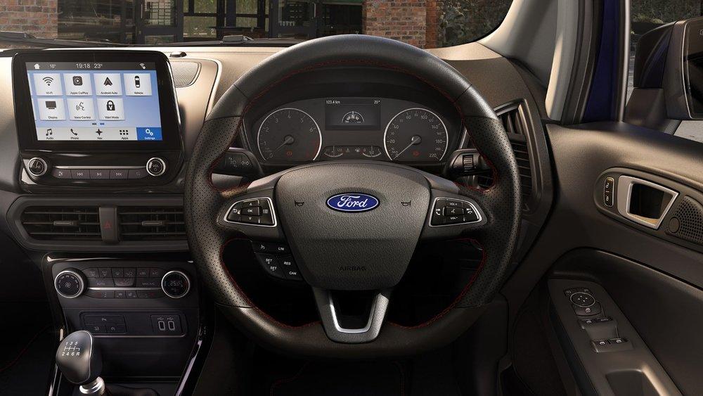 Ford-EcoSport-eu-int_frame_2_foe_ger_driver_pov_RHD-16x9-2160x1215.jpg.renditions.extra-large (1).jpeg
