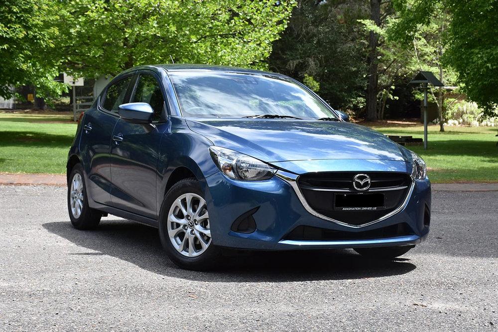 2018-Mazda-2-Maxx-hatch-blue-Tom-White-1200x800-(1).jpg