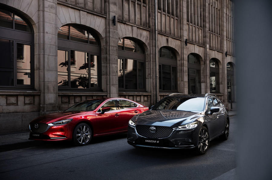 21_new_mazda6_action_family_hires.jpg