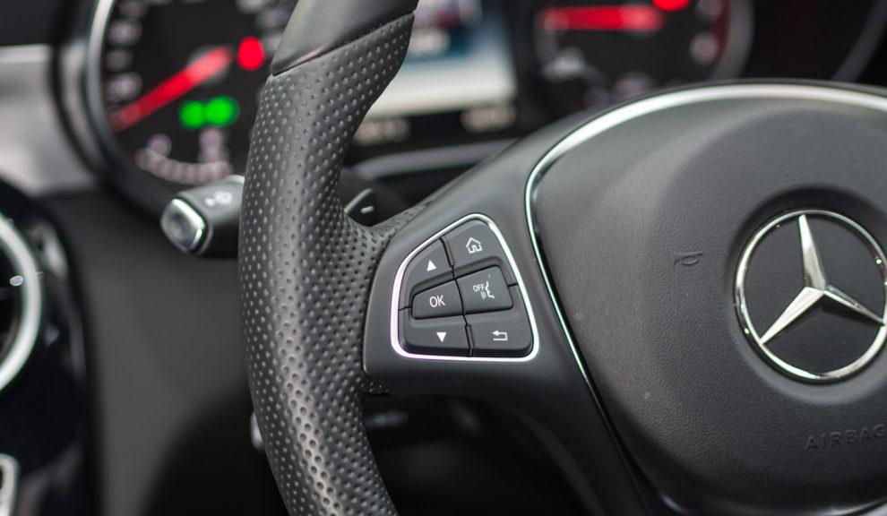 2017-Mercedes-Benz-C350e-Review-11-990x660.jpg