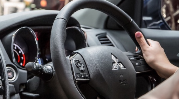 Surround yourself with sound, tech and comfort in so many ways. With ASX's leather steering wheel with audio, phone and cruise control switches, and with Bluetooth and USB connectivity you can access your tunes through the audio system from your smart phone, iPod, MP3 player or USB stick