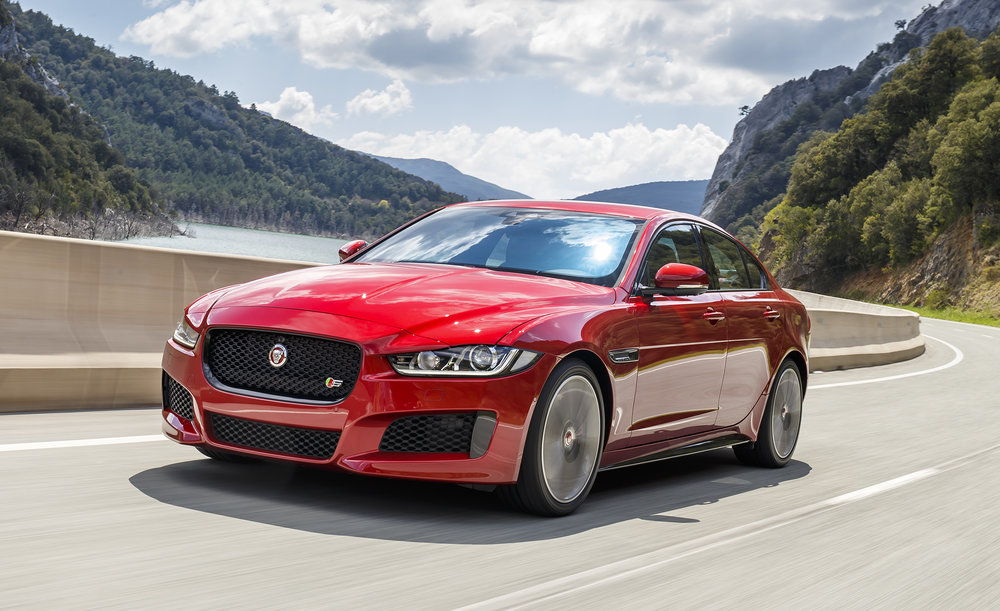 2018-jaguar-xe-updated-with-new-engine-options-news-car-and-driver-photo-675945-s-original.jpg