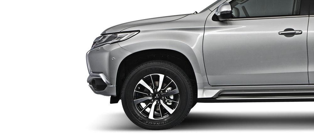 18-inch-wheels-montero-sport.jpg
