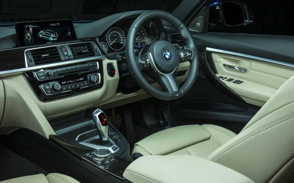 BMW-330e-interior.jpg