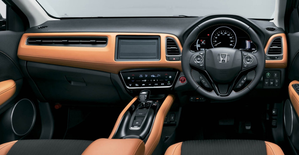 2019-honda-hr-v-facelift-launched-in-japan-as-new-vezel-autoevolution-interior.jpg